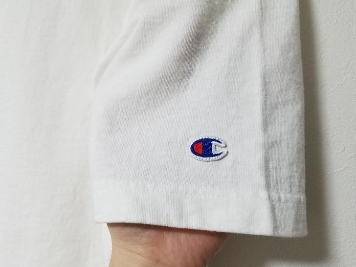 ChampionのT1011のTシャツの袖口のロゴマーク
