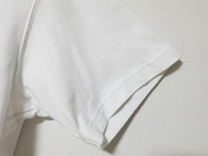 Uniqlo UのクルーネックTシャツの袖口